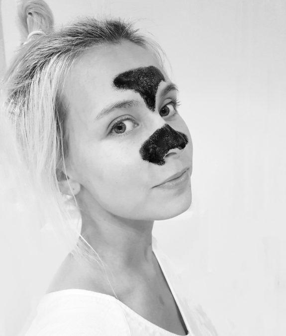 sg-Black-mask-mustapäänaamio-Bearel