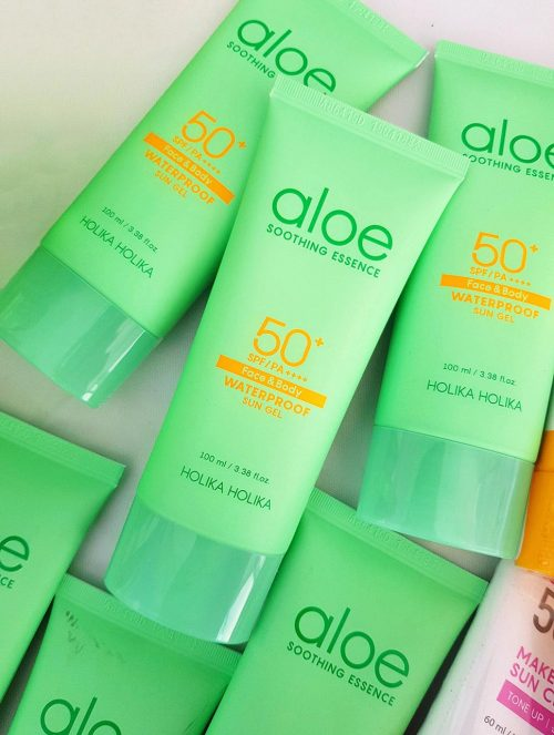 Aloe Soothing Essence Waterproof Sun Gel2