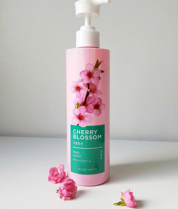 Holika Holika Cherry Blossom Body Lotion 1