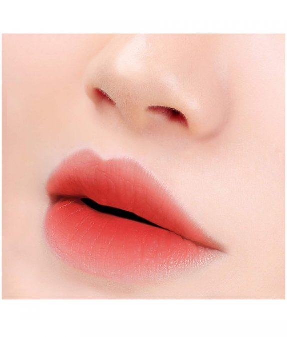 last velvet lip tint 17 more pleasant huulilla