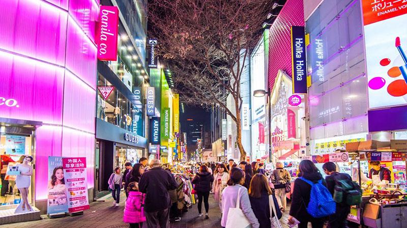 Image: travelwithmiaka.com